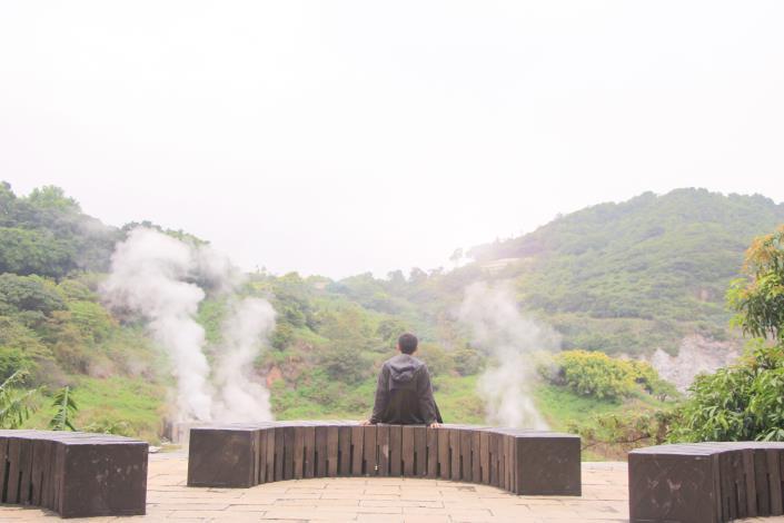3_觀賞硫磺谷特殊地景