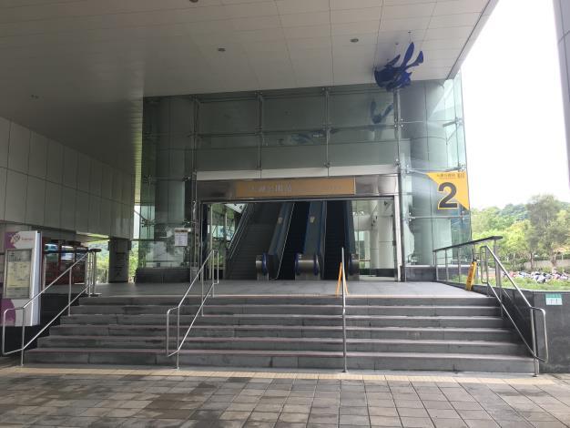 02集合點-捷運大湖公園站二號出口.JPG