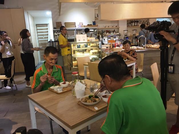 惜食、續食不浪費!世大運愛💕延續 餘裕食材分享社福團體