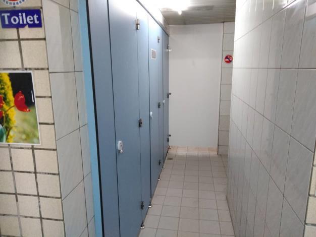 1.廁所門板-修復後[開啟新連結]
