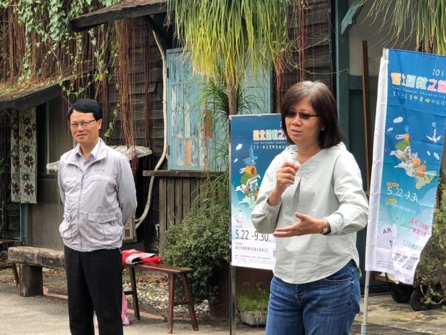 臺大農場場長葉德銘老師(左)與農藝組組長林彥蓉(右)致詞[開啟新連結]