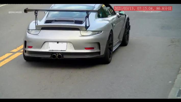 固定式高噪車輛偵攝系統拍到違規車輛(日間_汽車)2