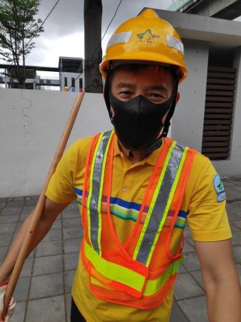 110年度模範清潔職工鄭健華2