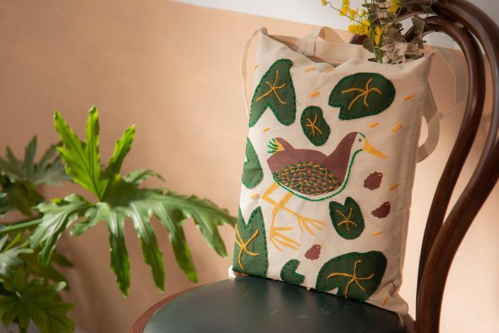 第三堂課程與材料盒:「花啦嗶啵―白腹秧雞與萍蓬草」