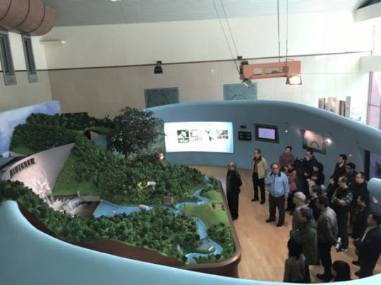 照片6翡翠大壩模型