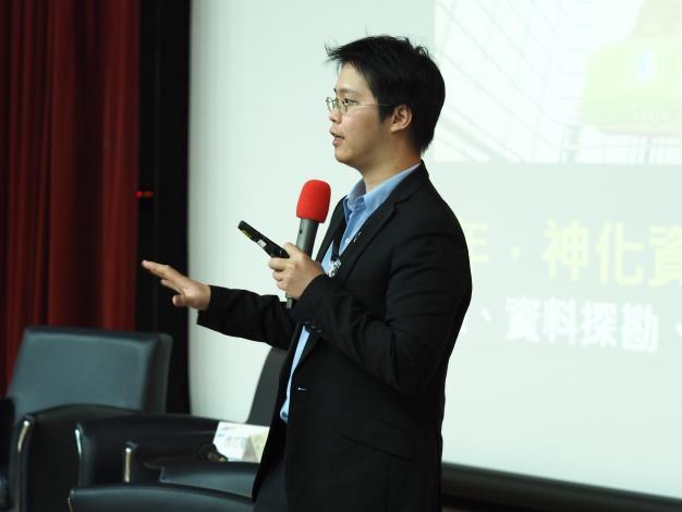 趙式隆理事長演講.JPG[開啟新連結]