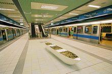 月台層-公共藝術作品「捷運‧碼頭」示意圖,共3張圖片