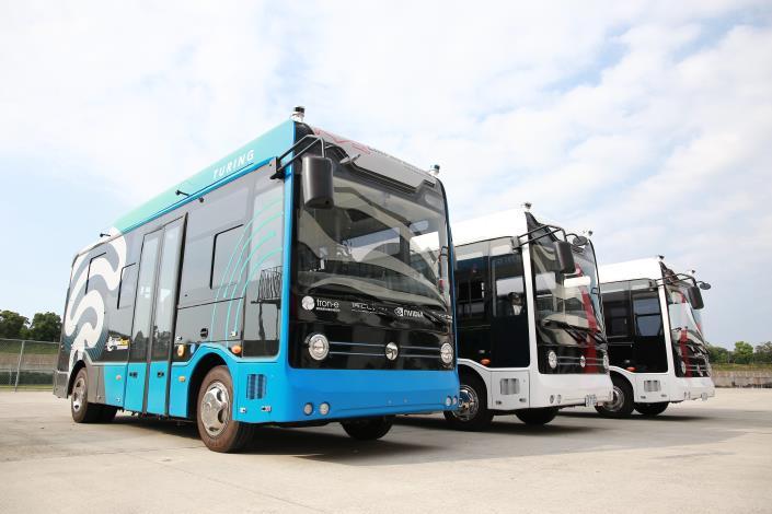 圖3:6米自駕巴士(台灣智駕公司提供)