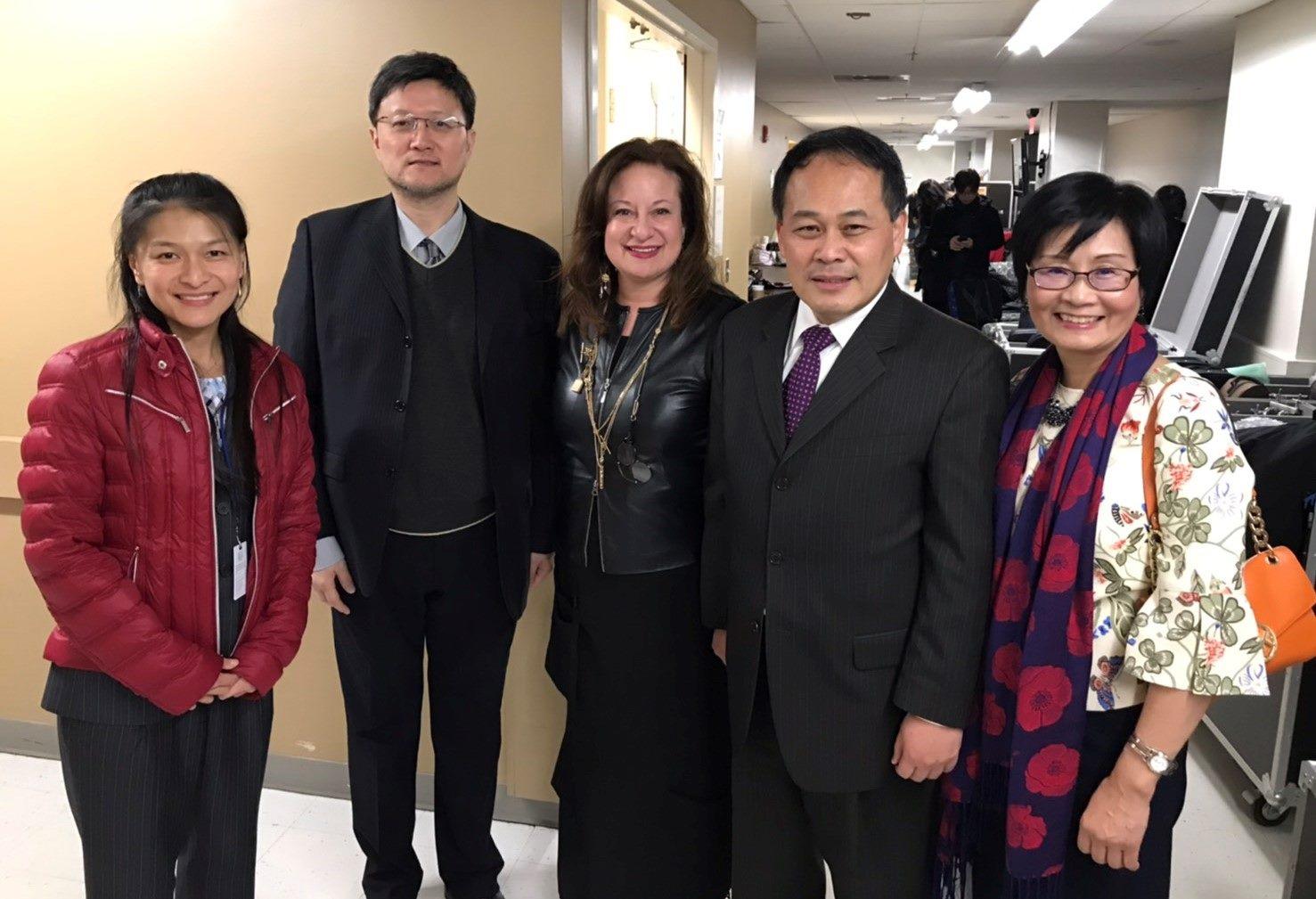 WPA執行長Jenny Bilfield、駐美台北經文處副處長黃敏境賢伉儷蒞臨音樂會