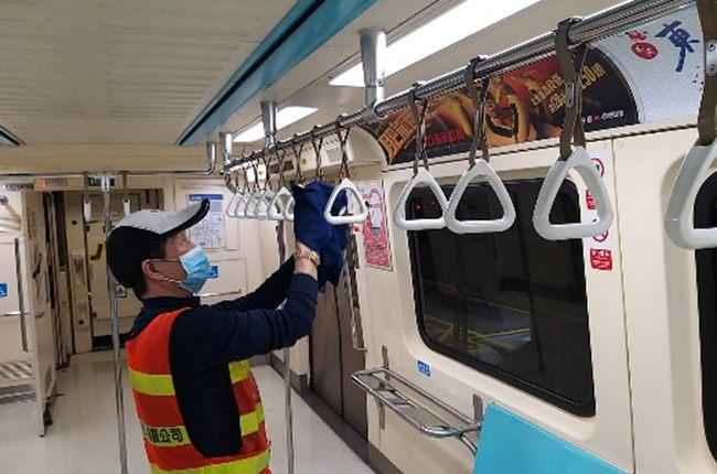 消毒拉環讓旅客安心使用