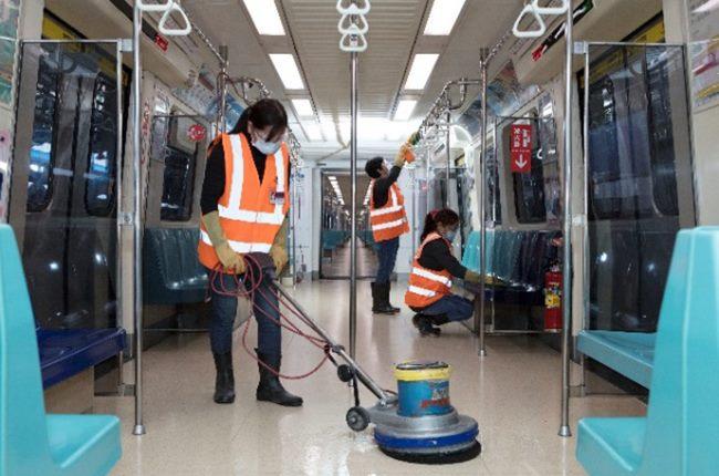地板清潔保持乾淨
