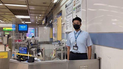 C1100514015-站務員黎枘昌(照片2).JPG