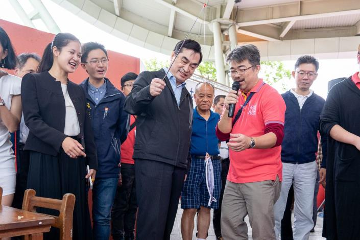 臺北市鄧家基副市長今日至台北傳統市場節,現場體驗[另開新視窗]