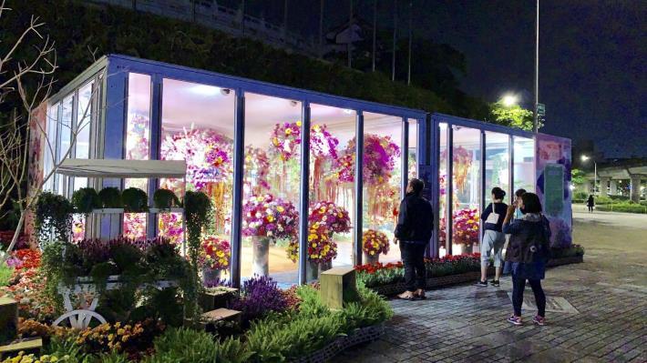 花卉展示吸引民眾駐足