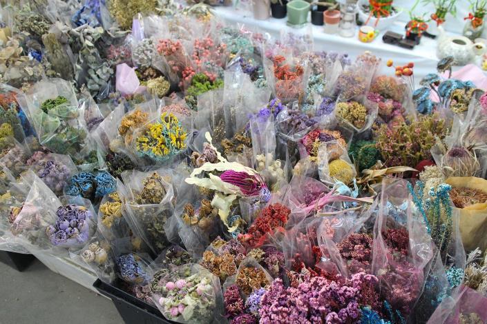 乾燥花束也是花匠工坊的專業,更是許多花藝老師挑選材料的地方