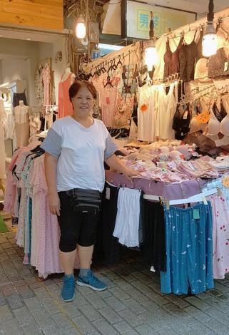 四平街臨時攤販集中場-惠馨睡衣精品專售店