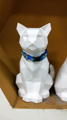 圖二:彩繪犬貓樣式紙模型
