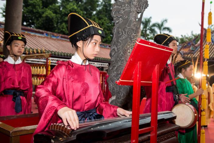重慶國中樂生同學在釋奠典禮展現成果