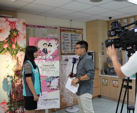 感謝八大電視記者蒞臨採訪,本所秘書受訪畫面.JPG[開啟新連結]