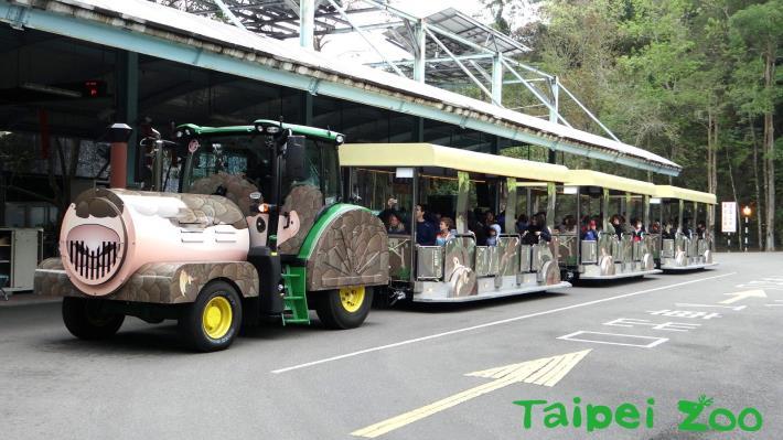 「穿山甲」列車,為了迎接難得的228四天連續假期,特地趕在2月下旬完成試營運[開啟新連結]