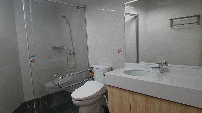 產後護理之家房間設施-浴室