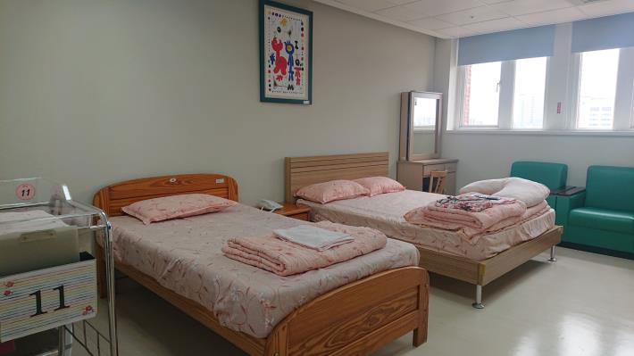 產後護理之家房間設施-病床