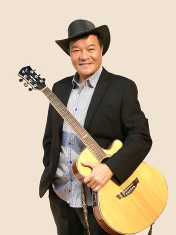 臺北電臺AM1134_HO_HI_YAN頻道節目主持人李明德將於臺慶當天演唱多首經典歌曲。