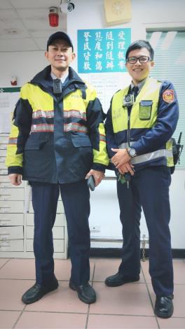 警員林厤宏(左)及林政翰(右)[開啟新連結]