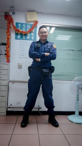 警員黃建樺