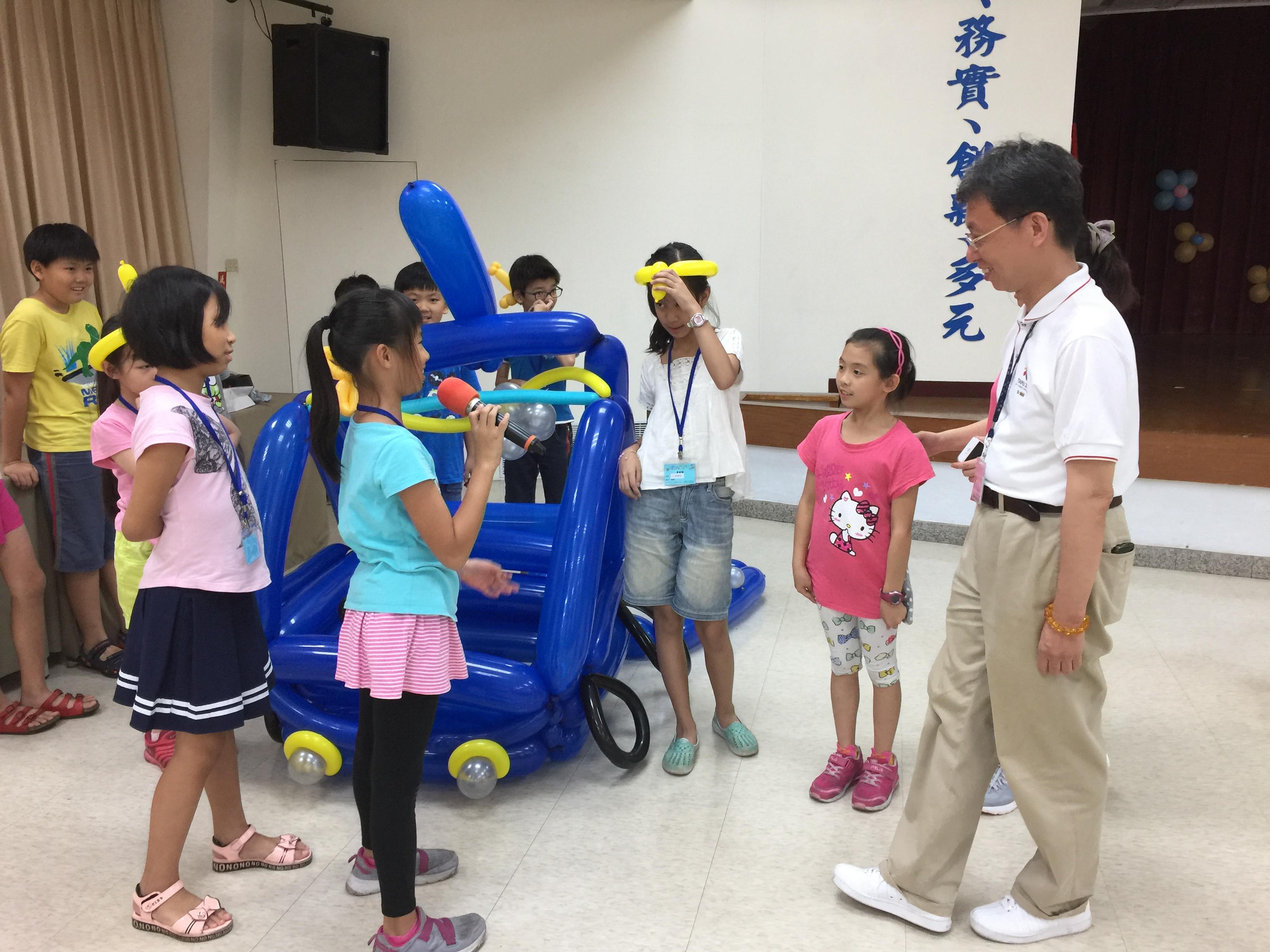106Fun租稅Fun氣球活動照片20藍隊學員說明創作理念
