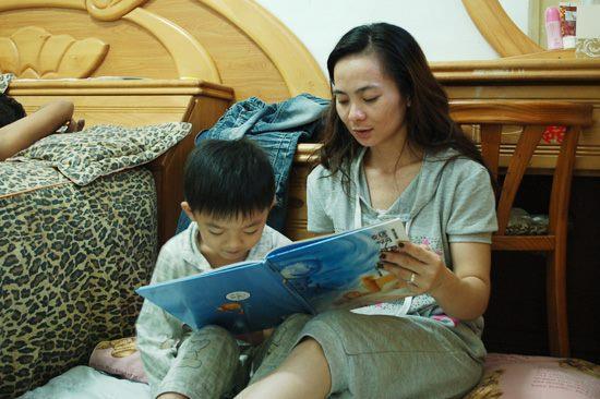 兒童攝影組-精選奬-蘇慧文 親子共讀