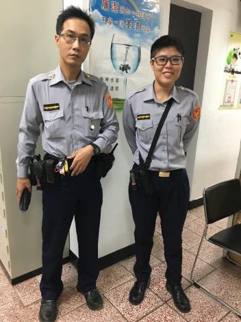 照片4-警員許致榕及黃于玲[開啟新連結]