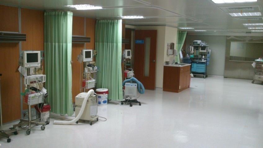 明亮、寬敞的麻醉恢復室