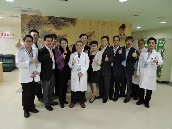 104.10.27-大陸上海市衛生和計劃生育委員會7人參訪中醫中心