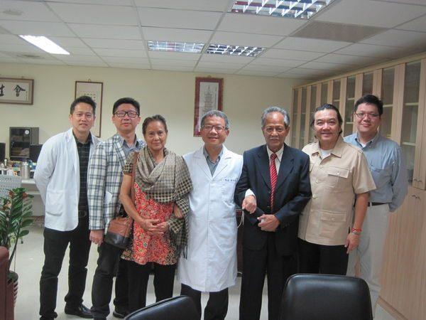 104.10.22-尼泊爾MMTH院長參訪中醫中心