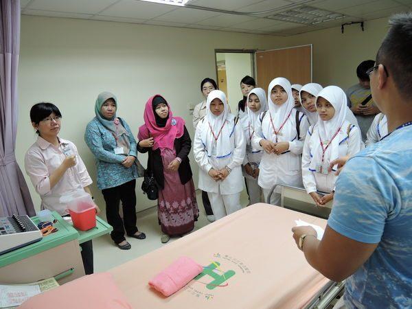 104年度0807-國北護之「國際暨兩岸健康照護研習班」參訪中醫中心-2