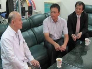 99.08.12大陸中醫師賀毅來台參訪(3人)