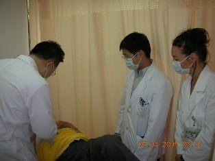 98年度0504荷蘭護理人員Jenny Verhagen至林森(中醫)院區參觀