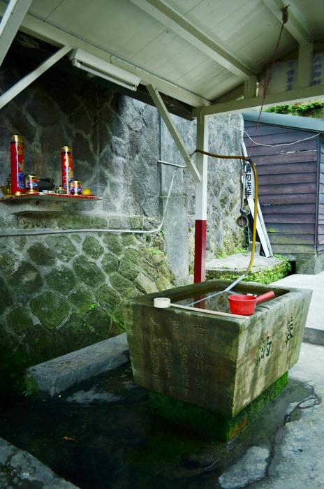 汲水槽側景.jpg