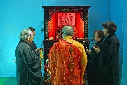 稟告祭拜儀式─誦經