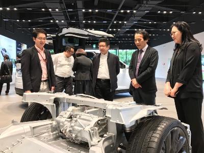 Tesla EIS Center Opens in Neihu