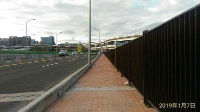 Upstream sidewalk on Chenggong Bridge to Reopen on January 18