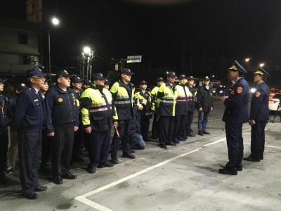 Nangang, Xizhi Police Chiefs Lead First Joint Roadside Spot Checks