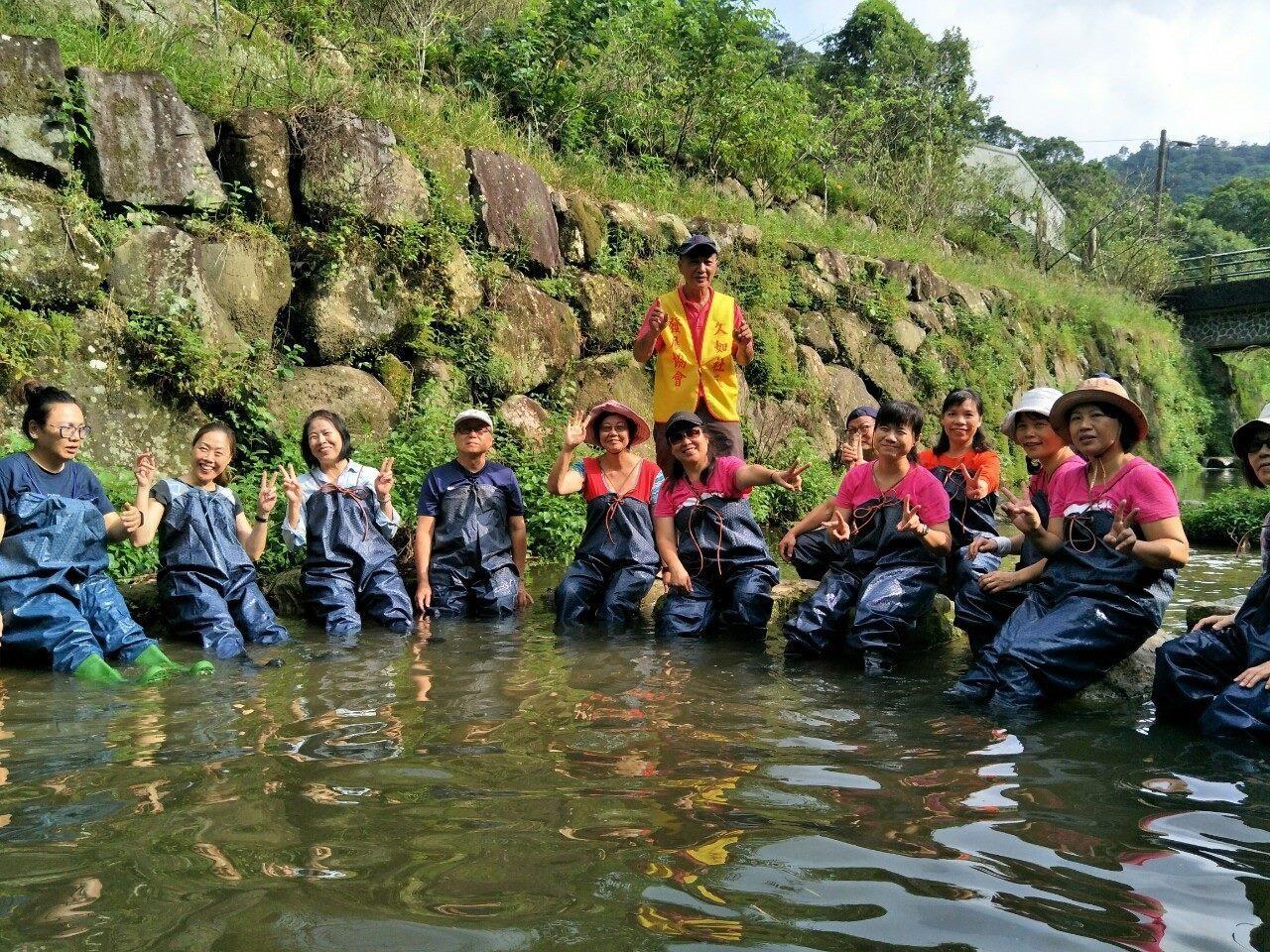 Participants tours Juru Community in Nangang
