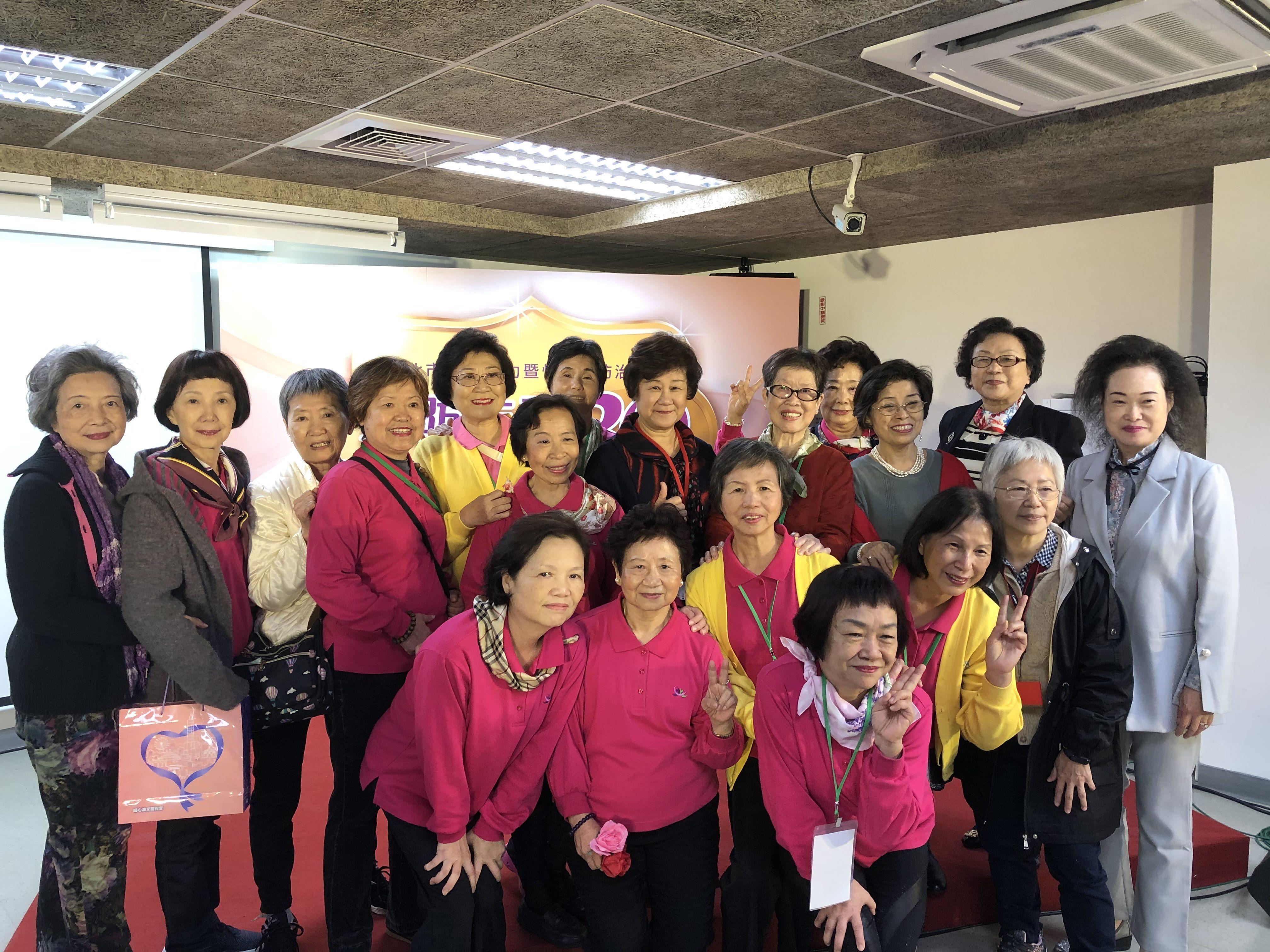 Members of the DVPC volunteer team