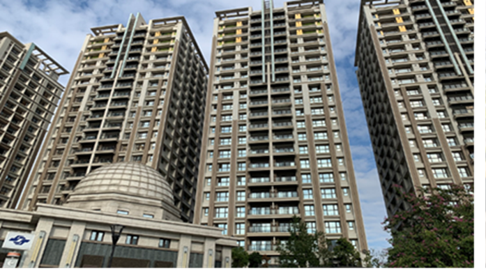 joint-development residential building at MRT Luzhou Station