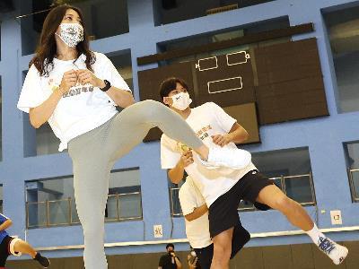 An aerobics class at the sports carnival