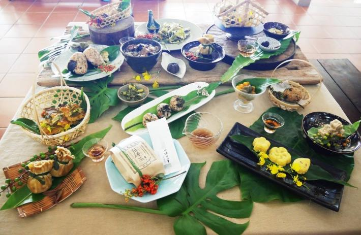 Variety of osmanthus cuisine