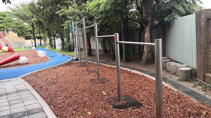 518 天母運動公園兒童遊戲場 遊戲器材相片_200519_0019