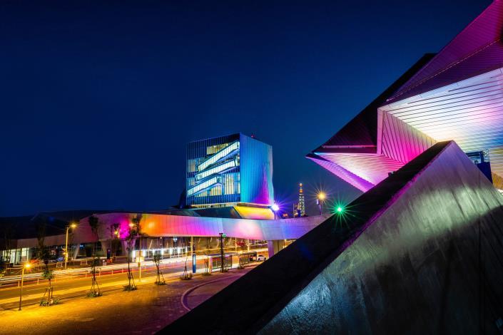 臺北流行音樂中心文化館將持續推出精彩音樂文化展覽,成為華語流行音樂文化新據點